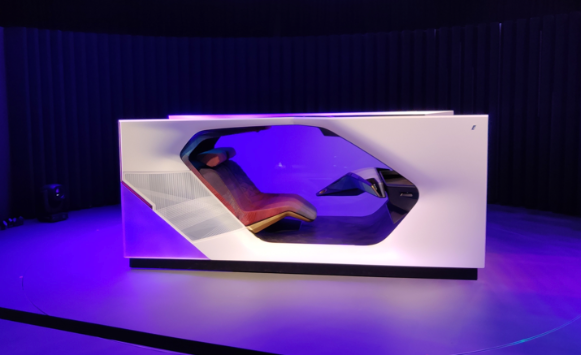 BMW-i-interaction-ease-at-CES
